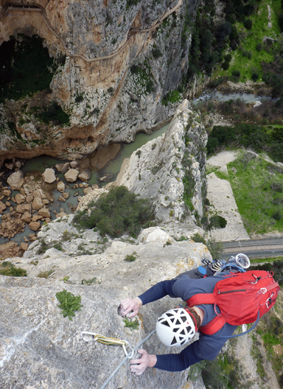 http://compareoutdoorgear.com/wp-content/uploads/2018/07/El-Caminito-del-Rey-Zeppelin-Climbing-last-pitch.png